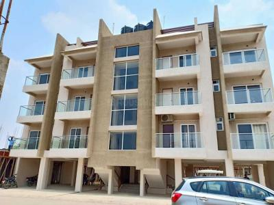 Gallery Cover Image of 1576 Sq.ft 3 BHK Independent Floor for buy in Jajmau for 7000000
