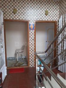 Gallery Cover Image of 1000 Sq.ft 3 BHK Independent Floor for rent in Sholinganallur for 20000