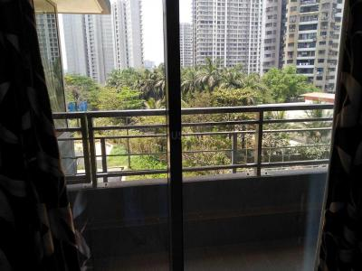 Gallery Cover Image of 950 Sq.ft 3 BHK Apartment for rent in Wadhwa The Address, Ghatkopar West for 70000