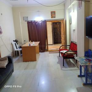 Gallery Cover Image of 1800 Sq.ft 2 BHK Apartment for buy in Begumpet for 15700000