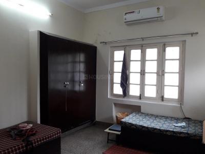 Bedroom Image of Gupta PG in Roop Nagar