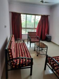 Gallery Cover Image of 1650 Sq.ft 3 BHK Apartment for rent in Nahar Camellia Apartment, Powai for 52000
