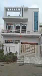 Gallery Cover Image of 3200 Sq.ft 5 BHK Villa for buy in Modipuram for 13500000