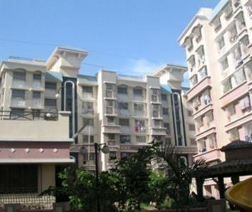 Gallery Cover Image of 800 Sq.ft 2 BHK Apartment for rent in Dosti Estates, Wadala for 38000