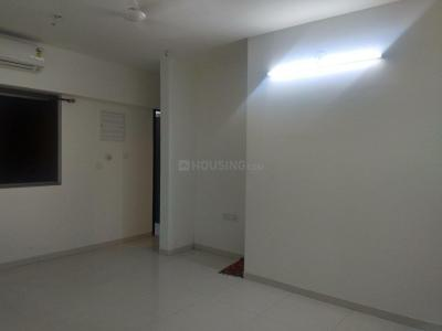 Gallery Cover Image of 810 Sq.ft 1 BHK Apartment for rent in Thane West for 14000