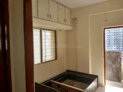 Gallery Cover Image of 750 Sq.ft 2 BHK Apartment for rent in Loni Kalbhor for 7000