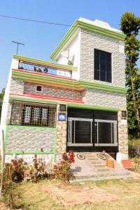 Gallery Cover Image of 900 Sq.ft 2 BHK Independent House for buy in Khadri Khadakmaf for 3800000