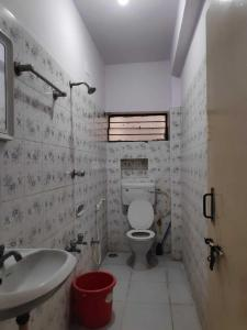Bathroom Image of Arham Jain Girls Hostel in Rajajinagar