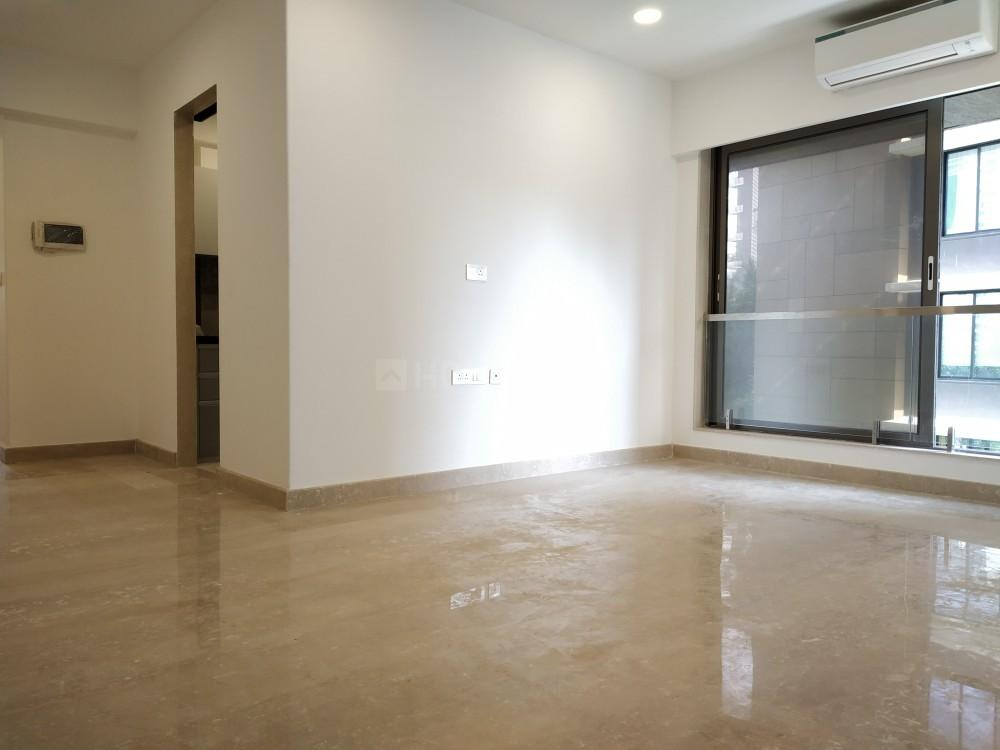Living Room Image of 1000 Sq.ft 2 BHK Apartment for rent in Bandra West for 100000