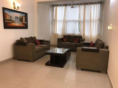 Gallery Cover Image of 2000 Sq.ft 3 BHK Independent Floor for rent in DLF Phase 4 for 60000