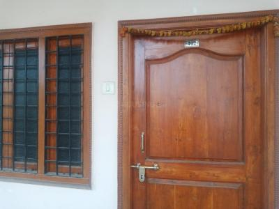 Gallery Cover Image of 1100 Sq.ft 2 BHK Apartment for rent in Kukatpally for 13000