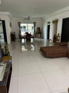 Gallery Cover Image of 2490 Sq.ft 3 BHK Apartment for rent in Rajapushpa Atria, Kokapet for 45000