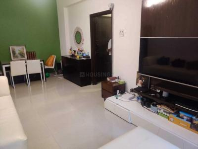 Gallery Cover Image of 820 Sq.ft 2 BHK Apartment for buy in Colaba for 8000000