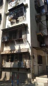Gallery Cover Image of 750 Sq.ft 1 BHK Apartment for rent in Goregaon West for 25000