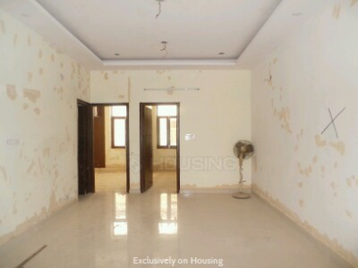Gallery Cover Image of 1000 Sq.ft 3 BHK Independent Floor for buy in Sector 49 for 5200000