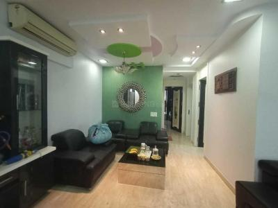 Gallery Cover Image of 1250 Sq.ft 3 BHK Apartment for rent in Goregaon East for 80000