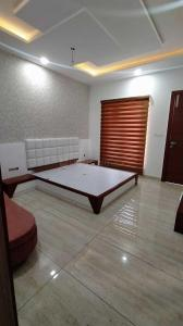 Gallery Cover Image of 2500 Sq.ft 3 BHK Independent House for buy in Mahalakshmi Nagar for 11000000