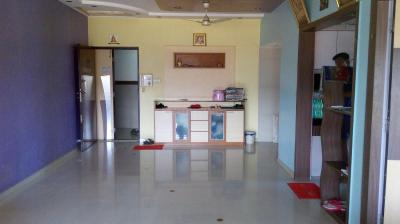 Gallery Cover Image of 525 Sq.ft 1 BHK Apartment for rent in Kandivali East for 17500