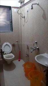 वाशी में साई सादाफ में कॉमन बाथरूम की तस्वीर