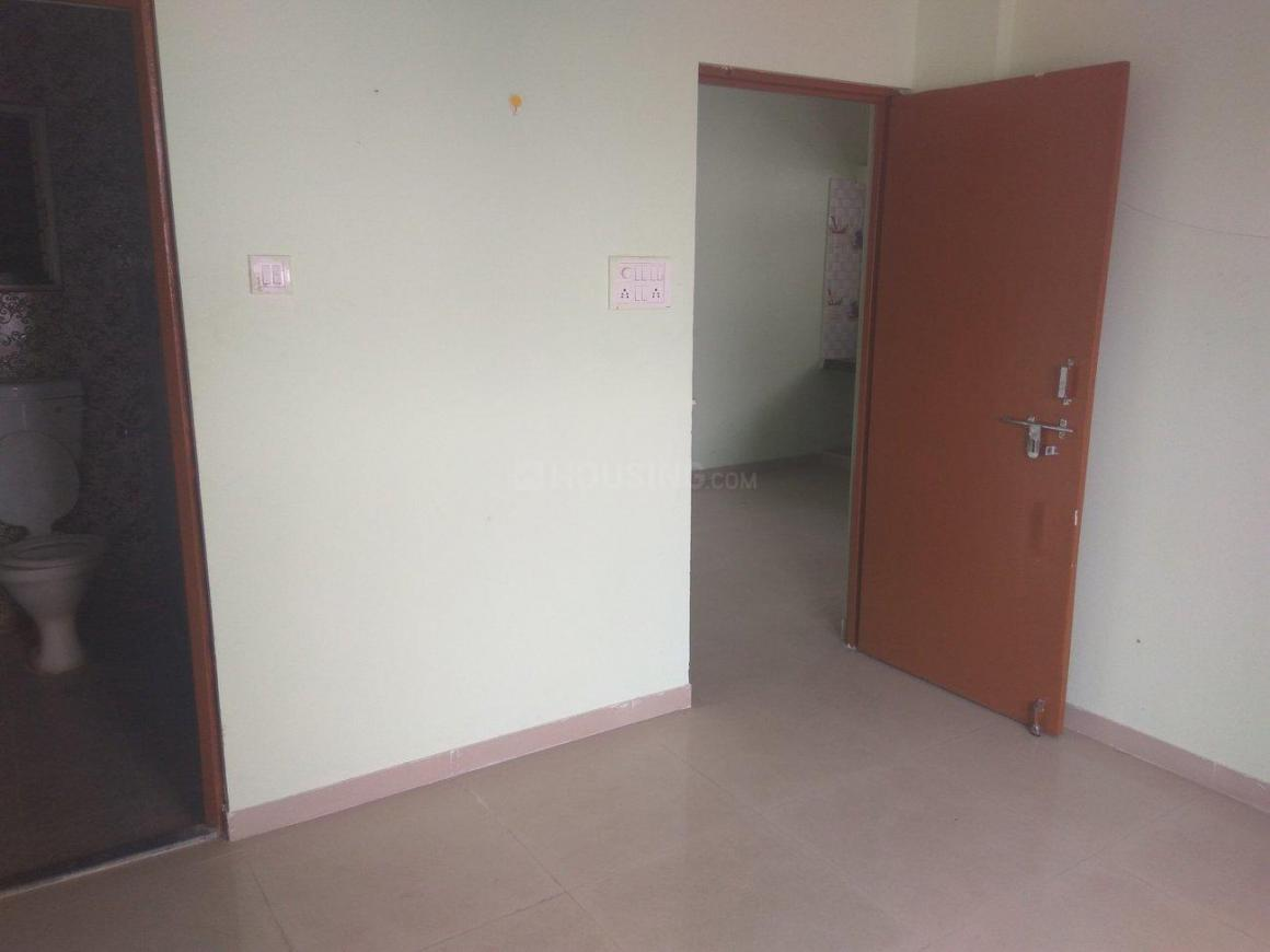 Bedroom Image of 878 Sq.ft 2 BHK Apartment for buy in Dhanori for 4238000
