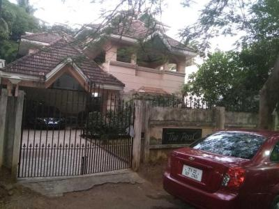 Gallery Cover Image of 5000 Sq.ft 4 BHK Independent House for buy in Alwarpet for 150000000