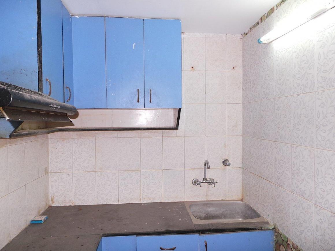 Kitchen Image of 750 Sq.ft 2 BHK Apartment for buy in Niti Khand for 3700000
