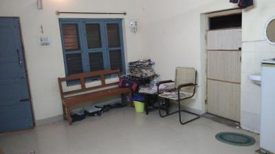 Gallery Cover Image of 400 Sq.ft 1 BHK Independent Floor for rent in Ulsoor for 9000