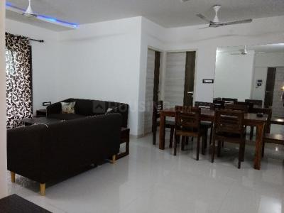 Gallery Cover Image of 1500 Sq.ft 3 BHK Apartment for rent in Andheri West for 85000