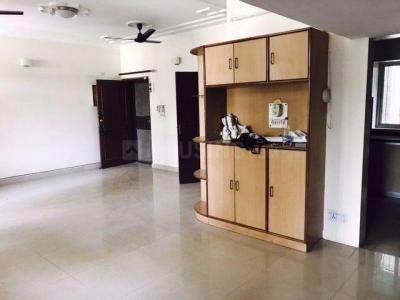 Gallery Cover Image of 1300 Sq.ft 2 BHK Apartment for rent in Sector 11 Dwarka for 24000