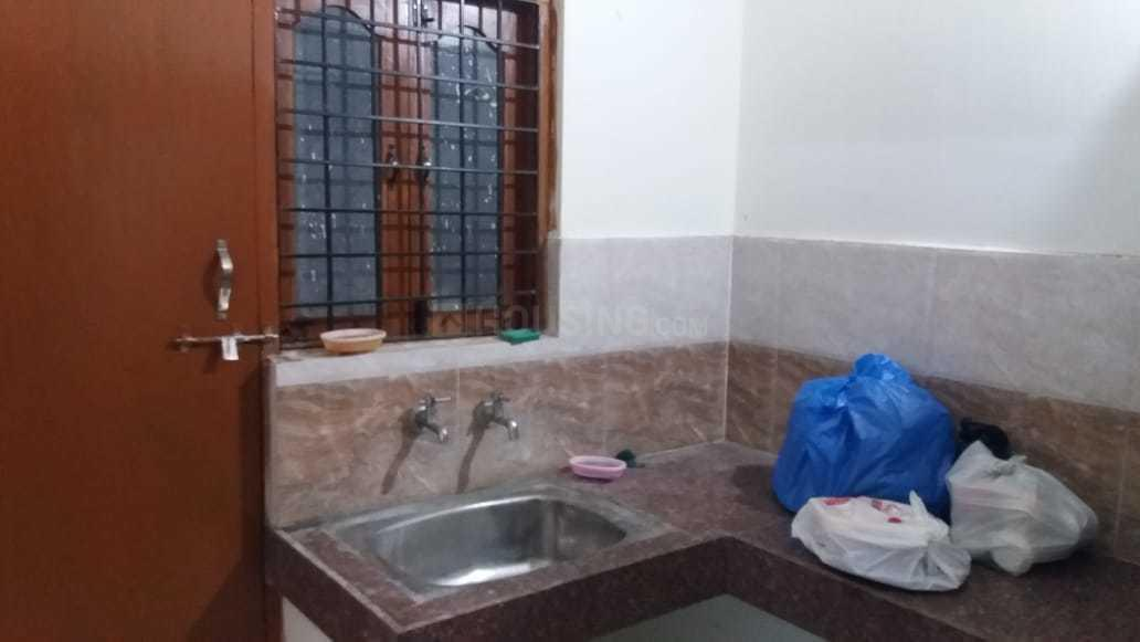 Kitchen Image of 1150 Sq.ft 2 BHK Apartment for rent in Toli Chowki for 22000