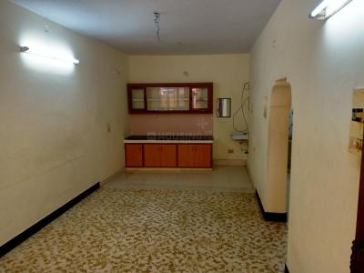 Gallery Cover Image of 750 Sq.ft 2 BHK Independent House for rent in Choolaimedu for 16000