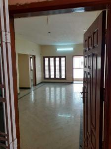 Gallery Cover Image of 1300 Sq.ft 3 BHK Apartment for buy in Valasaravakkam for 11000000