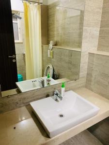 Bathroom Image of Akash Homes in Kandivali East