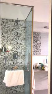 Bathroom Image of Girls Stay(no Boys Allowed) in DLF Phase 2