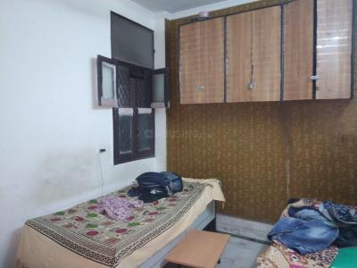 Bedroom Image of Agarwal PG in Shakarpur Khas