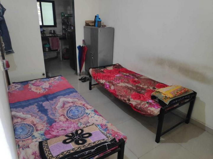 Bedroom Image of PG 4040013 Girgaon in Girgaon