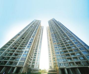 Gallery Cover Image of 1860 Sq.ft 3 BHK Apartment for rent in Goregaon West for 75000