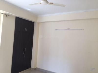 Gallery Cover Image of 891 Sq.ft 2 BHK Apartment for rent in Noida Extension for 8500