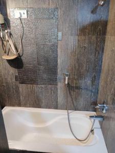 Common Bathroom Image of PG 4985154 Khar West in Khar West