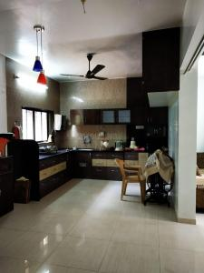 Gallery Cover Image of 1000 Sq.ft 1 BHK Independent Floor for rent in Katraj for 25000