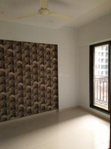 Gallery Cover Image of 650 Sq.ft 1 BHK Apartment for buy in Crystal Empire, Nalasopara East for 3300000