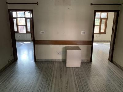 Gallery Cover Image of 2722 Sq.ft 2 BHK Independent House for rent in Sector 12A for 25000