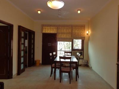 Gallery Cover Image of 2000 Sq.ft 3 BHK Independent Floor for rent in Jor Bagh for 125000