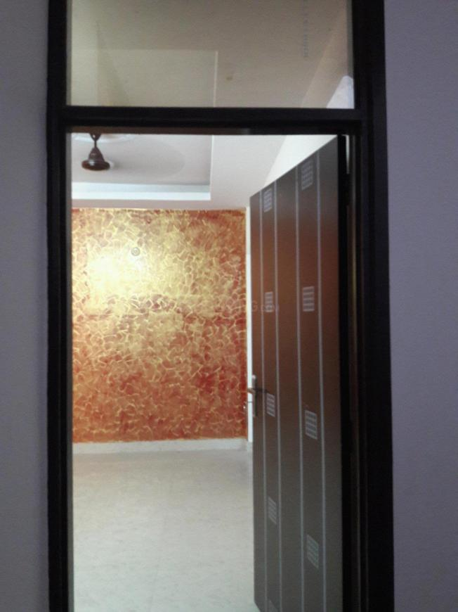 Main Entrance Image of 1200 Sq.ft 3 BHK Independent Floor for buy in Chhattarpur for 2900000