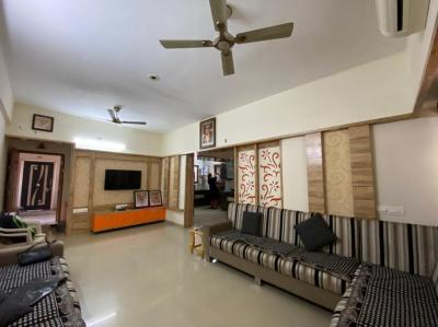 Gallery Cover Image of 2178 Sq.ft 3 BHK Apartment for buy in Sudarshan Elegance, Science City for 14000000