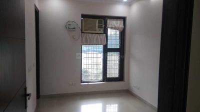 Gallery Cover Image of 2720 Sq.ft 3 BHK Apartment for rent in DLF Phase 2 for 45000