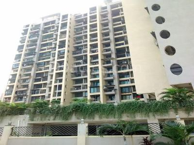 Gallery Cover Image of 1150 Sq.ft 2 BHK Apartment for rent in Tharwani Rosa Bella, Kharghar for 20000