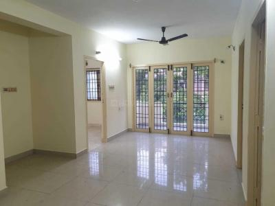 Gallery Cover Image of 1250 Sq.ft 3 BHK Apartment for buy in Alwarpet for 14500000