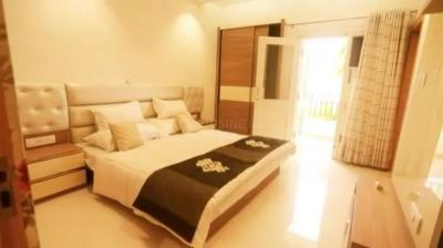 Gallery Cover Image of 1312 Sq.ft 3 BHK Apartment for buy in Sasni Gate for 5683000