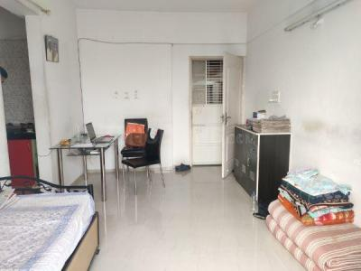 Gallery Cover Image of 570 Sq.ft 2 BHK Apartment for rent in Anand Nagar for 17000